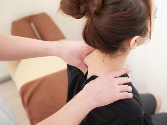 肩こりの症状に合わせた施術を行い根本原因から改善します