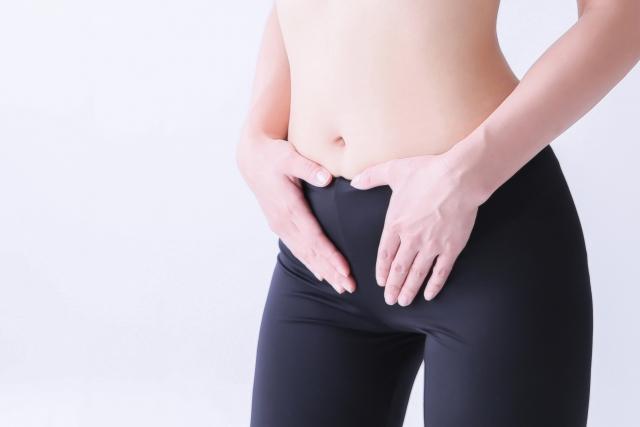 身体の使い方の癖や出産も骨盤が歪む原因になります